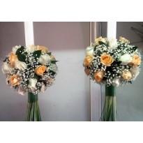 Lumanari nunta din trandafiri si gipsophila cu saten