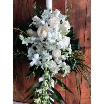 Lumanari nunta 9 trandafiri si 12 fire de orhidee