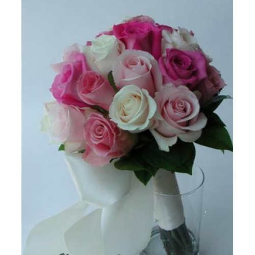 Buchet De Trandafiri Mireasa Si Nasa Rosii Albi Roz