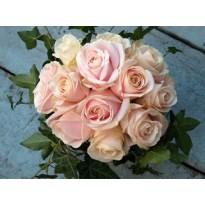Buchet mireasa  trandafiri si iedera