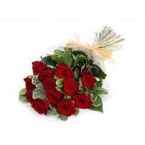Buchet 13 trandafiri si plante