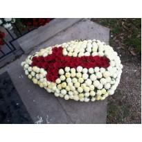 Coroana  ministeriala 250 fire crizanteme de toamna si gerbera