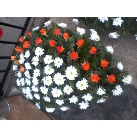 Coroana  crizanteme si trandafiri