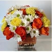 Suport sticla cu trandafiri crizanteme si garoafe
