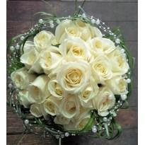 Buchet mireasa din trandafiri cu perlute
