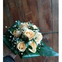 Buchet mireasa  trandafiri naturali