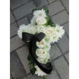 Coroana  funerara in forma de cruce