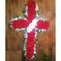 Coroana  forma cruce 100 garoafe cu santini si orhidee